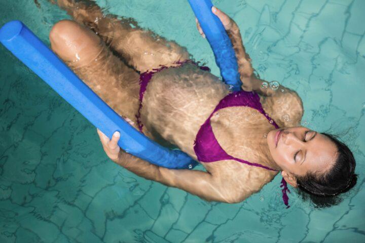 Postnatal Aqua-Fit für frisch gebackene Mütter